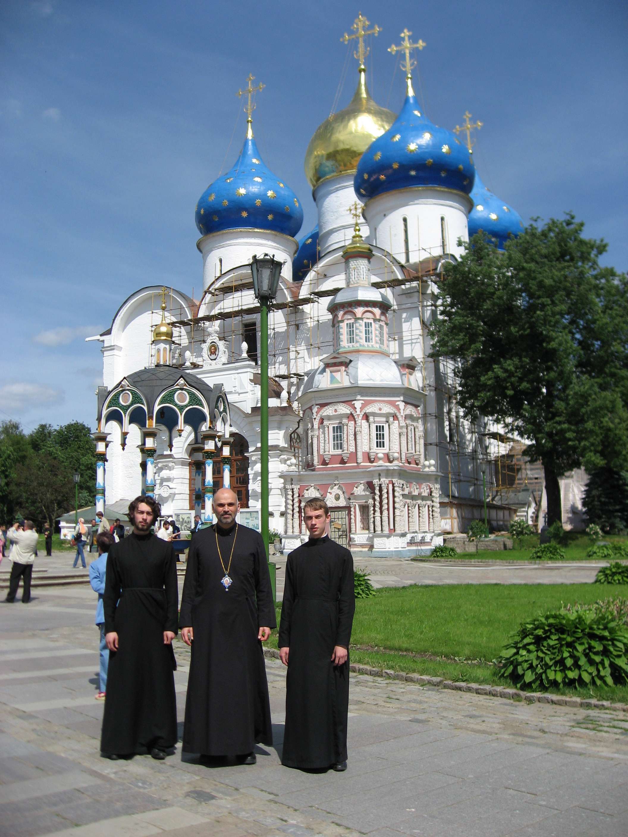With seminarians (also guides) at the Lavra