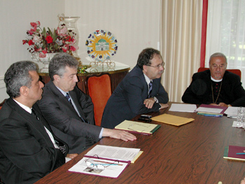 Dialog with the press (l. to r.) Sheik Sami Merhi, His Excellency  Nouhad Mahmoud, His Excellency Tarek Mitri, and Metropolitan Philip.