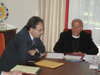 His Excellency Tarek Mitri and Metropolitan Philip responding to questions from the press