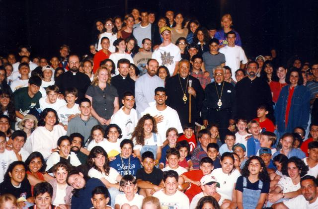 Metropolitan Philip with young people, Summer 1996