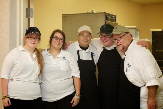 Banquet: Kitchen Helpers