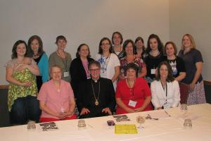 Bishop Anthony meets with clergy wives at Toledo's PLC