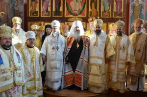 Bp. Nicholas (second from right) joins other hierarchs at Met. Tikhon's Enthronement