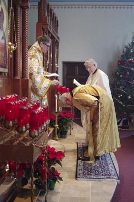 Bishop Anthony Visits St. Nicholas Church + Cedarburg, WI
