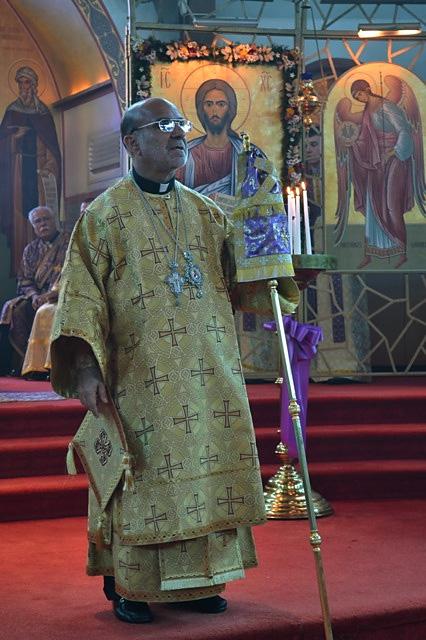 Bishop Thomas Visits St. Anthony Church + Bergenfeld, NJ