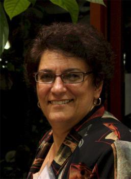 Dr. Stephanie Yazge