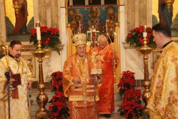 Metropolitan Philip presides at Nativity service, Dec. 2013