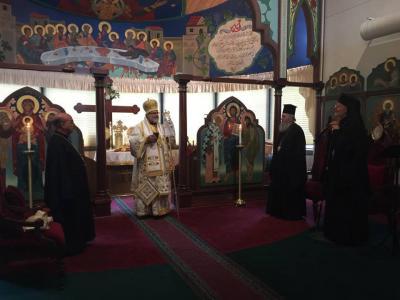 Divine Liturgy, L to R: Bishop Thomas, Bishop John, Met. Hierotheos, Met. Joseph