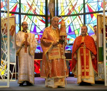 Metropolitan Philip Celebrates Palm Sunday in Little Falls, NJ