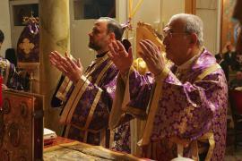 Met. Philip and Bp. Nicholas offering prayers for Patriarch Ignatius IV