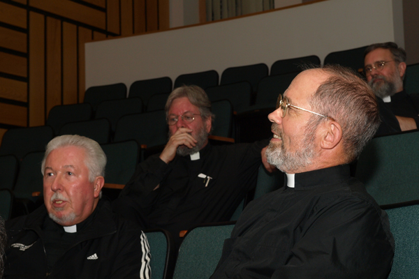 Clergy enjoy fellowship at 2013 retreat